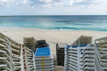 英媒依赖旅游业的国家面临第二个苦夏